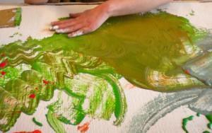 Silberschmiede-Mitarbeiterin gibt Sommer-Kreativworkshop in Fulda