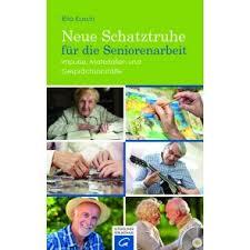 Für Seniorenkreise: Adventskranzquiz und neues Buch von Rita Kusch
